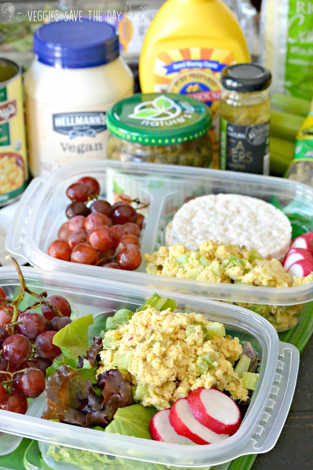 Vegan Tuna Salad is a healthy and affordable lunch to take back to school. Pack it with some mixed greens, brown rice cakes, fruit, and snacks. (vegan and gluten-free)