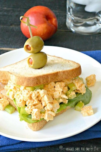Sriracha Tofu Egg Salad (Vegan) is a delicious lunch you can make in minutes! Try it on a sandwich with lettuce.