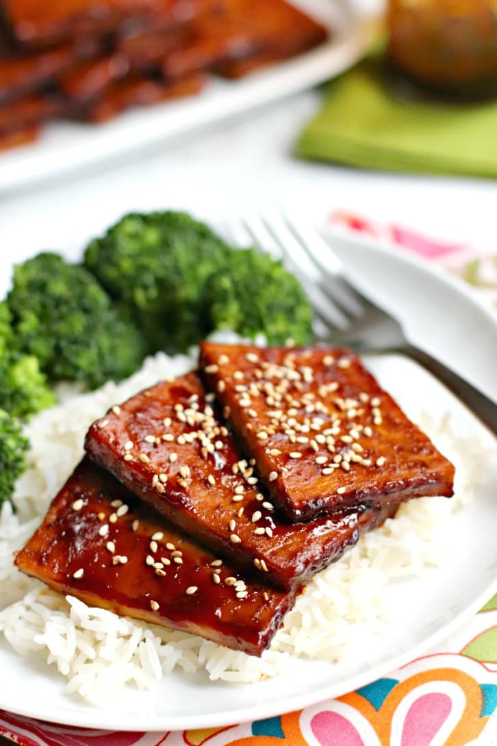 Close up of Baked Teriyaki Tofu topped with sesame seeds